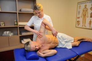 Physiotherapie, im Rahmen der Erweiterten Ambulanten Physiotherapie (EAP)